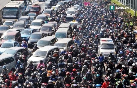 DÂN SỐ TP HCM TĂNG TỪ 200.000 ĐẾN 400.000 NGƯỜI MỖI NĂM